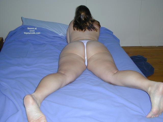 Pic #4 - Sarah 29 Yo Big Bottom