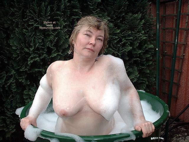 Pic #2 - Sexy Tina's Bathtime Fun 3
