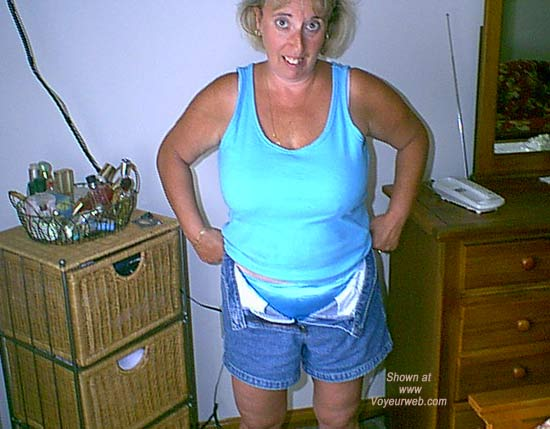Pic #1 - Mature NH Wife 4 Others