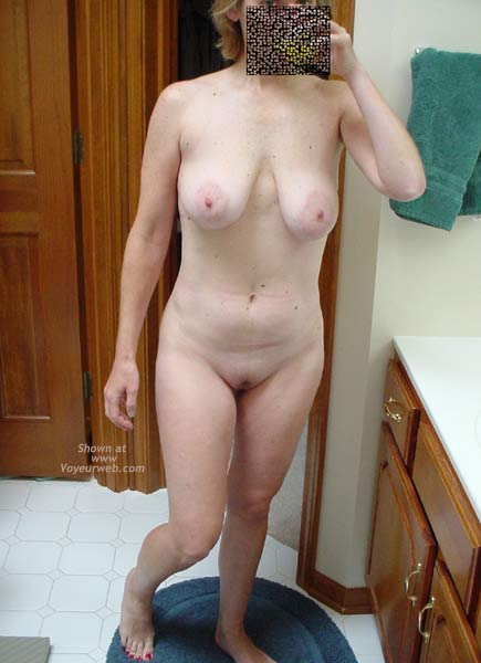 Pic #3 - Cafeteria Lady After Her Workout 2