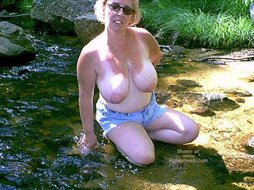 Pic #4 - Mature NH Wife For Others