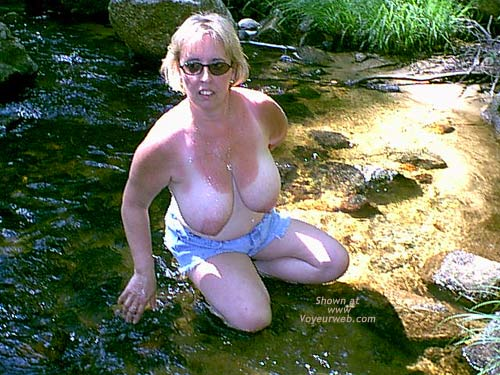 Pic #5 - Mature NH Wife For Others