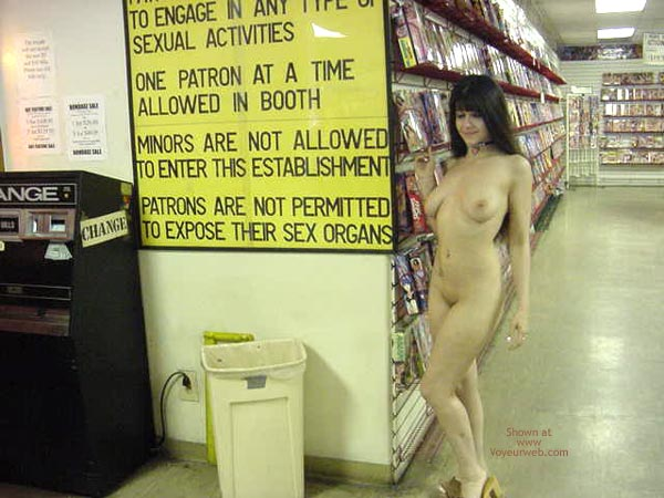 Pic #2 - My Girlfriend in Adult Bookstore