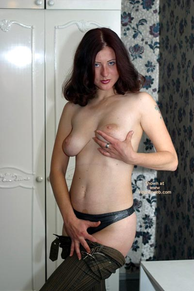 Pic #6 - Tory Likes To Go Topless