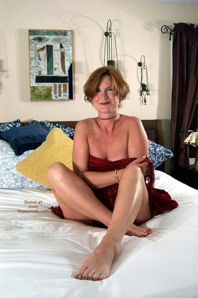 Pic #4 - Carolina Bi Babe's Red Shawl