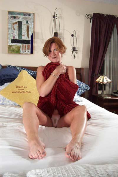 Pic #8 - Carolina Bi Babe's Red Shawl