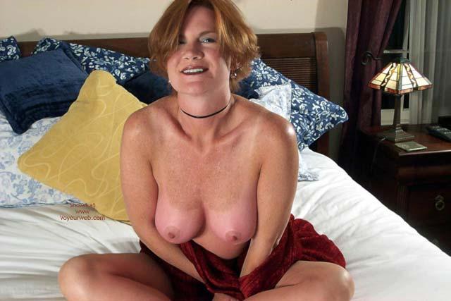 Pic #10 - Carolina Bi Babe's Red Shawl