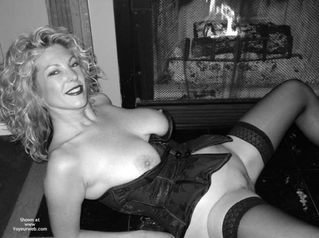 Pic #3 - Tc Smoking Hot Blond At 45