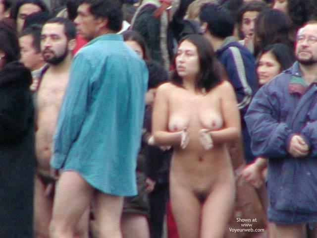 Pic #4 - Santiago de Chile 5 C Nude Performance