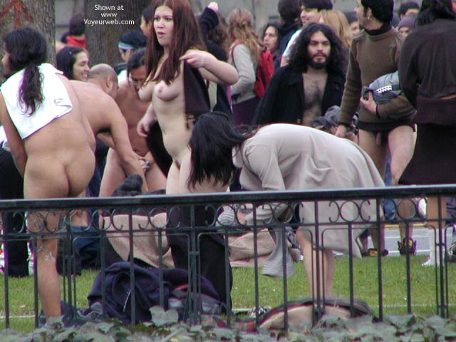 Pic #5 - Santiago de Chile 5 C Nude Performance