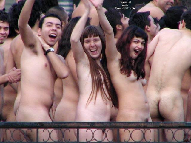 Pic #3 - Santiago de Chile 5 C Nude Performance 2