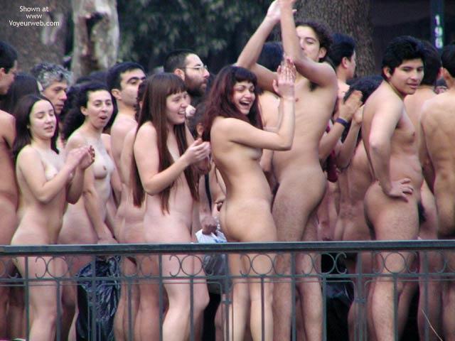 Pic #4 - Santiago de Chile 5 C Nude Performance 2
