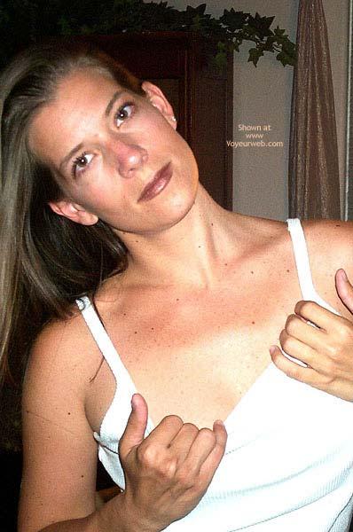 Pic #4 - Pamela's Sexy Strip 2
