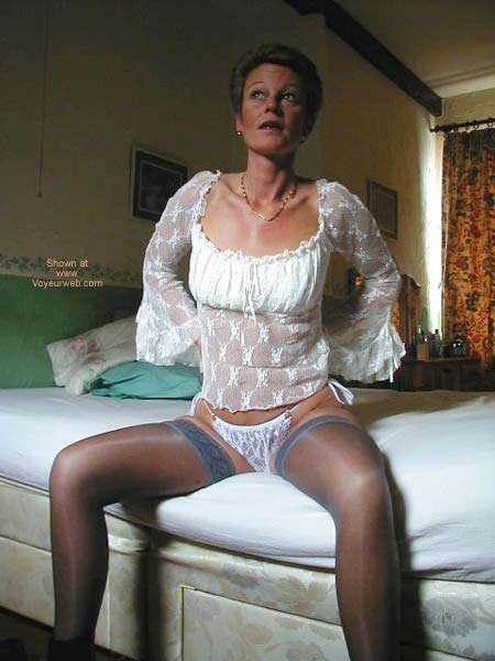 Pic #6 - Lady in Lingerie 2