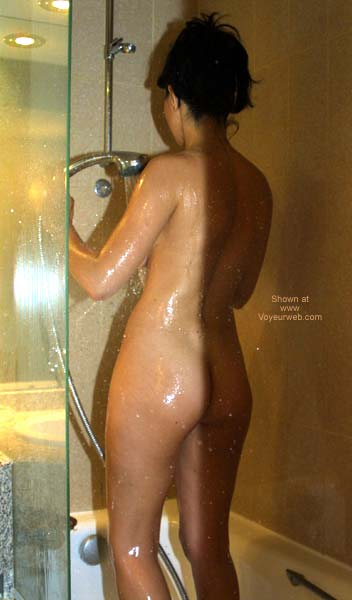 Pic #4 - New Princess Takes a Shower 1
