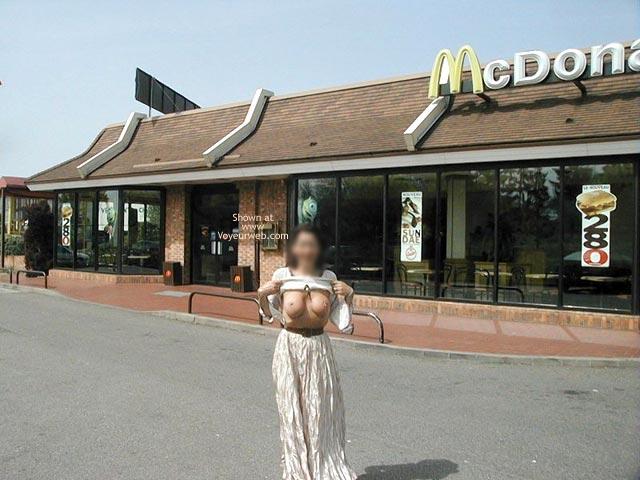 Pic #9 - Monique Flashing by McDonalds