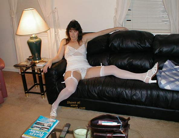 Pic #5 - My Sexy Wife.