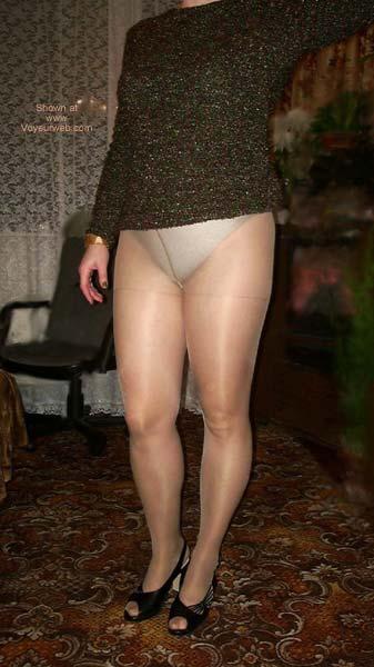 Pic #4 - Pantyhose Fun