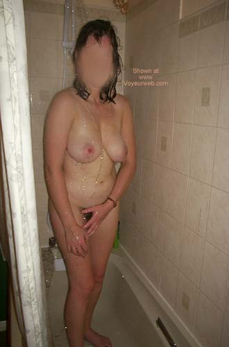 Pic #1 - 42yr Old UK Girlfriend