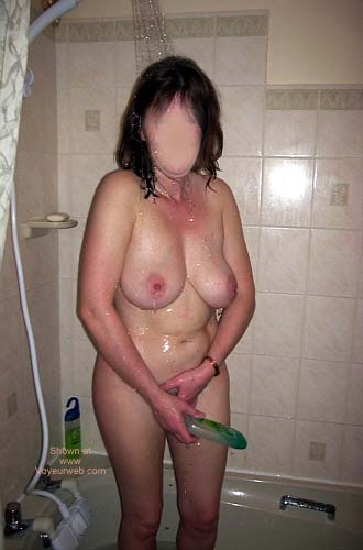 Pic #2 - 42yr Old UK Girlfriend