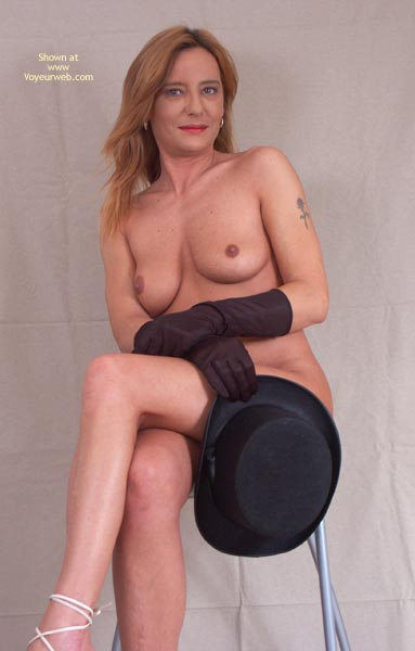 Pic #1 - Susy Rocks Hat And Gloves