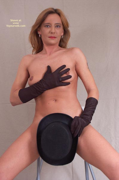 Pic #3 - Susy Rocks Hat And Gloves