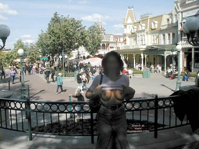 Pic #2 - Monique in Euro Disneyland 2