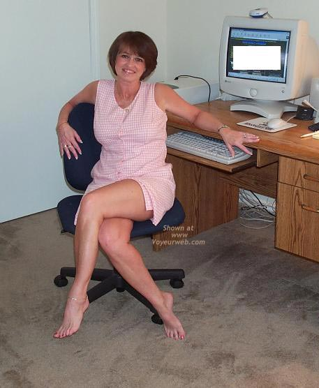 Pic #1 - Claire Gets Naked at The Computer!