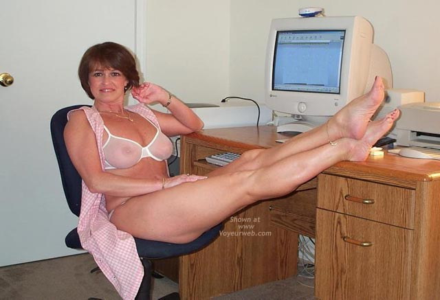 Pic #3 - Claire Gets Naked at The Computer!