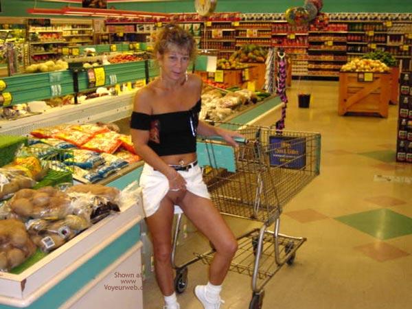 Pic #4 - *NP Sas - No Panties in Public