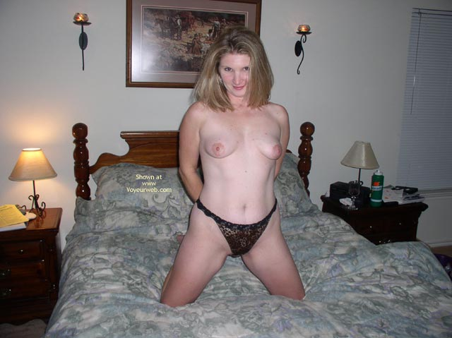 Pic #3 - Hotwife4u