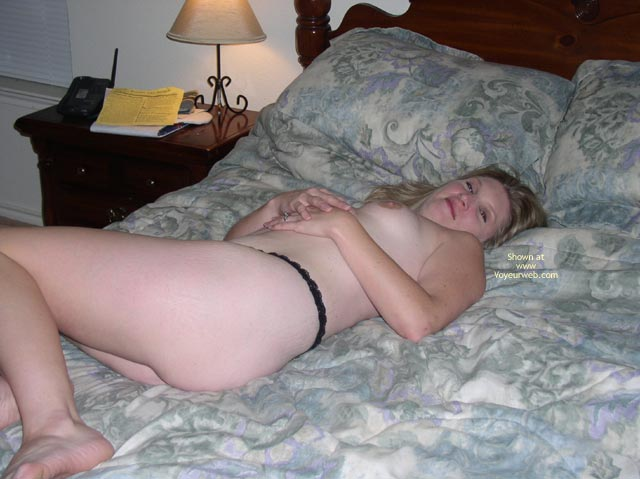 Pic #5 - Hotwife4u