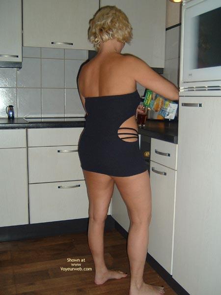 Pic #1 38yo Dutch  Wearing Black In The Kitchen