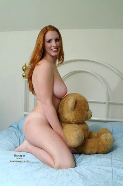 Pic #2 - 20 Yo Busty Redhead'S First Post