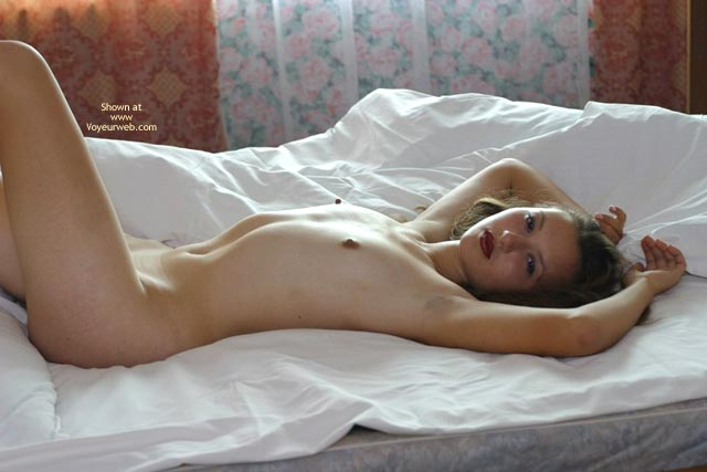 Pic #3 - 19 Y.O In Bed