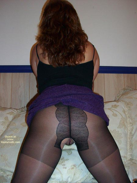 Pic #6 - Elle Bad Kitty In Nylons