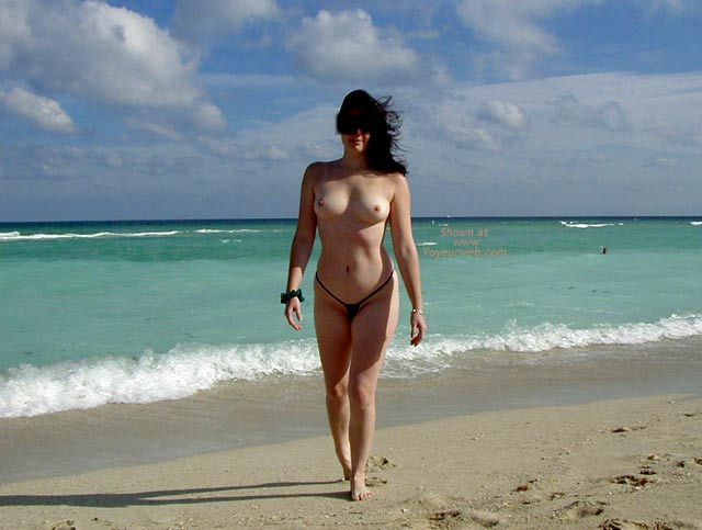 Pic #6 - Wicked Weasel on The Beach
