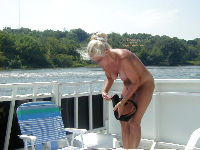 Pic #4 - Houseboating on the Illinois River