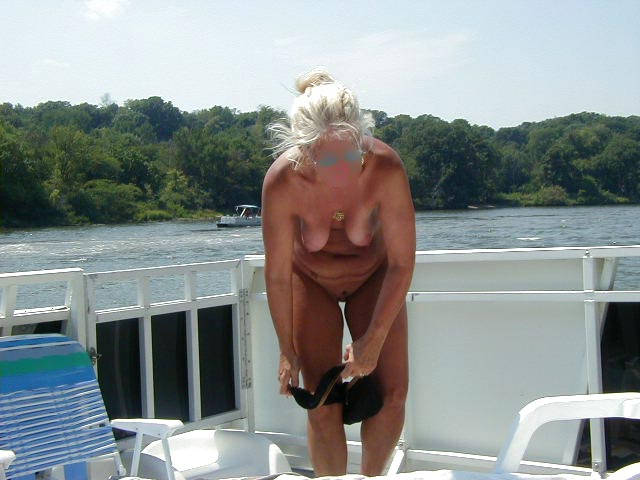 Pic #5 - Houseboating on the Illinois River