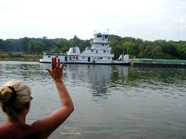 Pic #7 - Houseboating on the Illinois River