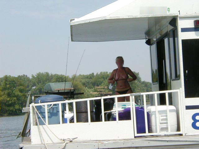 Pic #8 - Houseboating on the Illinois River