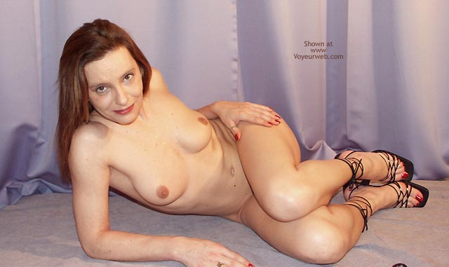 Pic #3 - Susy Rocks Naked For The Voyeurweb