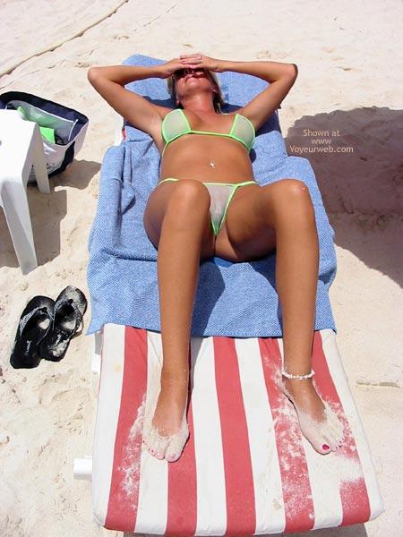 Pic #2 - Classy Wife Enjoys The Island Sun