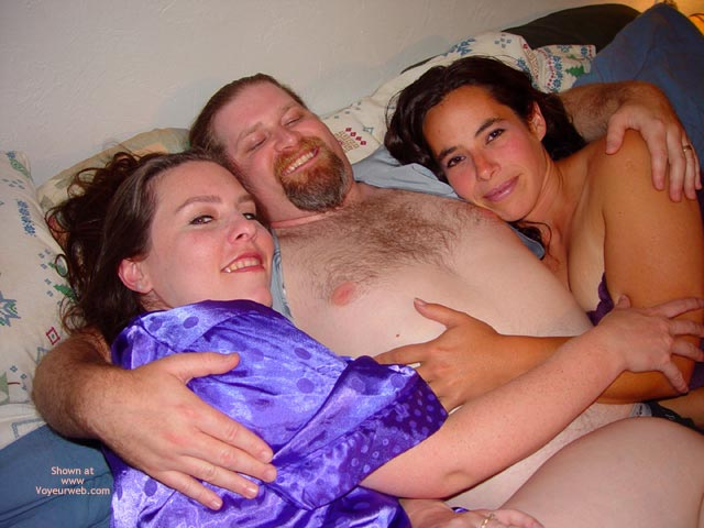 Pic #2 - Bbw Vicki, Becca, And The Happy Guy
