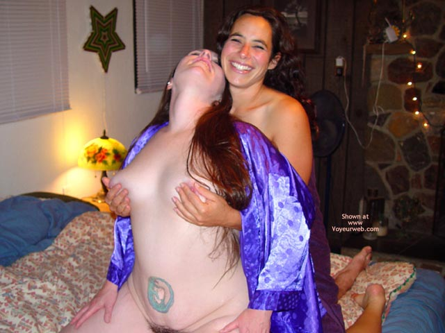 Pic #6 - Bbw Vicki, Becca, And The Happy Guy