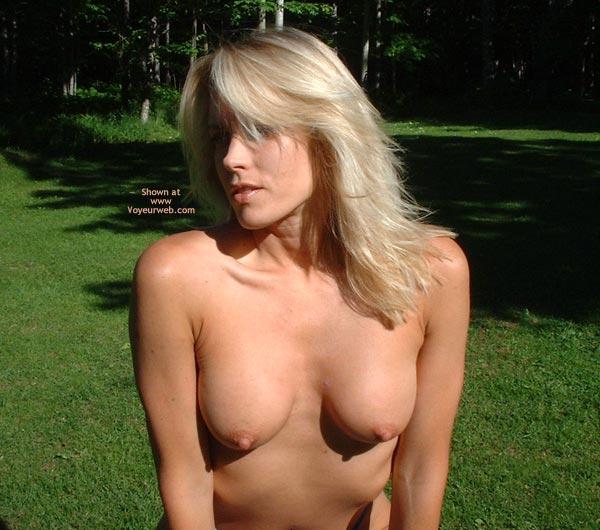 Pic #4 - Nikkies Backyard