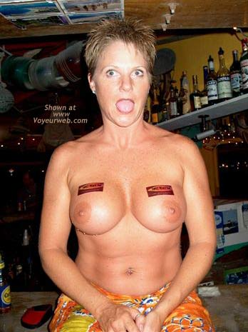 Pic #7 - Topless Bar Crawl