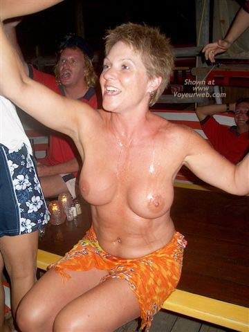 Pic #8 - Topless Bar Crawl