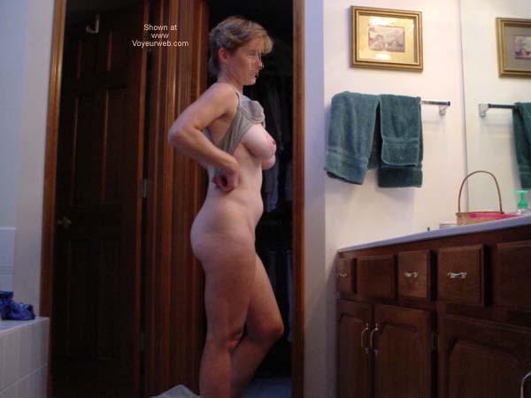 Pic #3 - Cafeteria Lady Bathtime