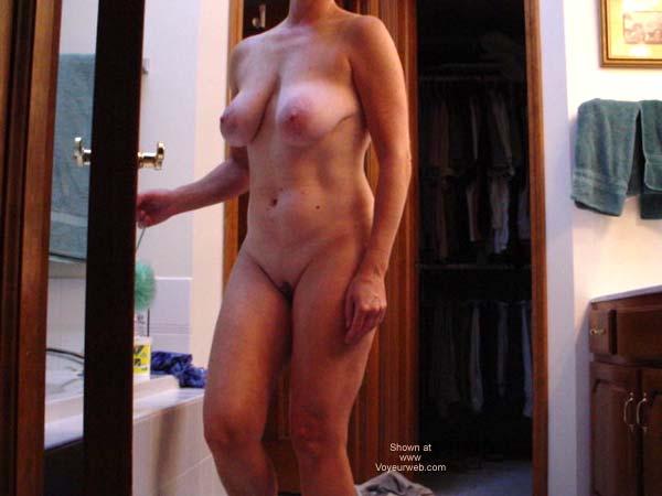 Pic #5 - Cafeteria Lady Bathtime